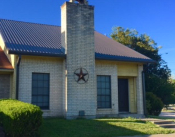 Photo of 202 W Pearl  Goliad  TX