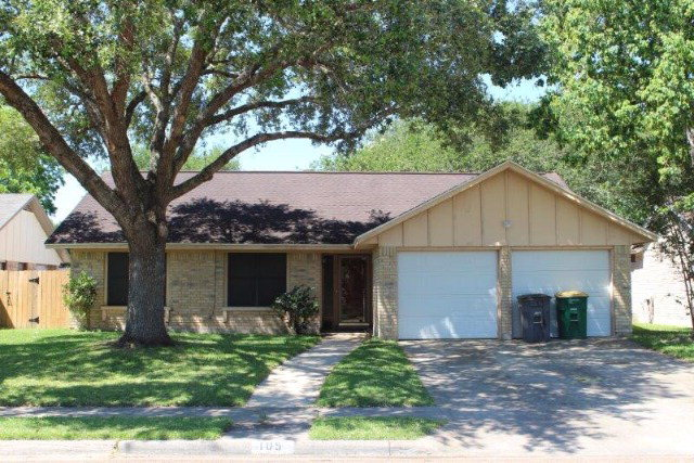 Photo of 105 Ridgewood  Victoria  TX