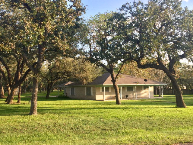Photo of 266 Padre Ln  Victoria  TX