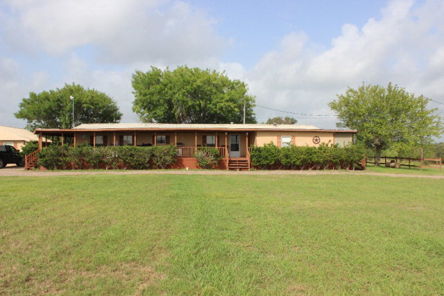 Photo of 17 Mission Valley Acres Road  Victoria  TX