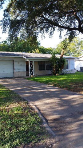 Photo of 708 E Polk  Victoria  TX