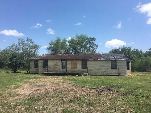 Photo of 645 Rabbit Run Road  Victoria  TX