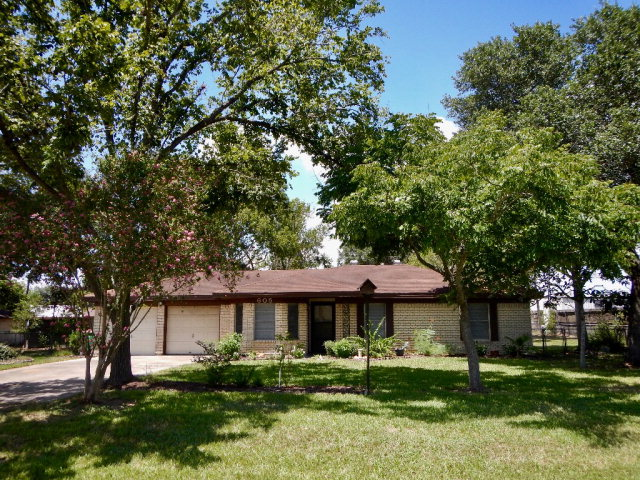 Photo of 605 Cannon  Victoria  TX