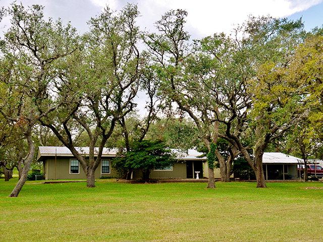 Photo of 726 Oak Forest  Goliad  TX