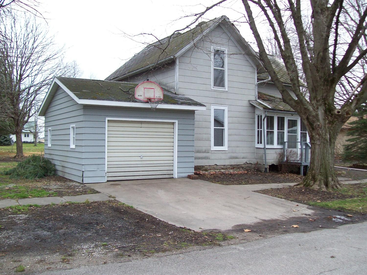 320 East St, West Chester, IA 52359