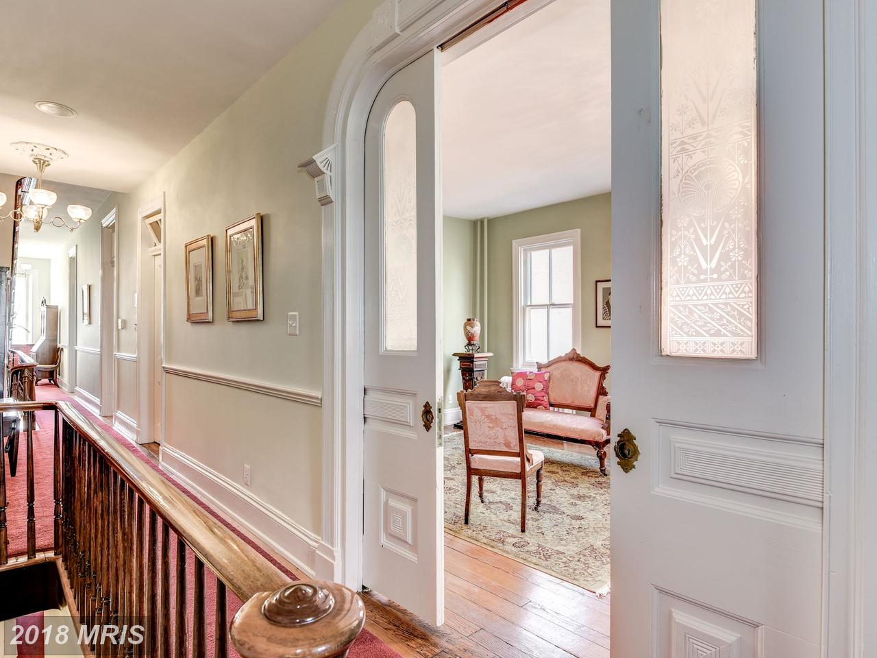 Additional photo for property listing at Semi-Detached, Colonial - ALEXANDRIA, VA 413 WASHINGTON ST N Alexandria, Virginia,22314 Estados Unidos