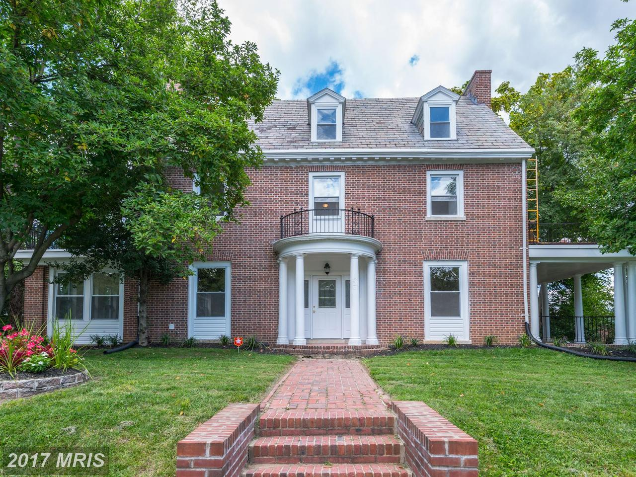 Photo of 1520 33RD ST  BALTIMORE  MD