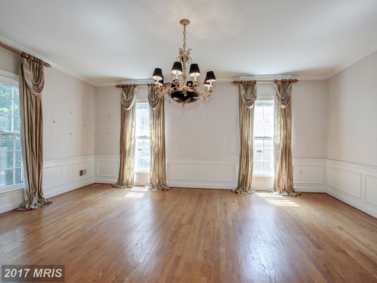 Additional photo for property listing at Colonial, Detached - WASHINGTON, DC 5149 YUMA ST NW Washington, Columbia Bölgesi,20016 Amerika Birleşik Devletleri