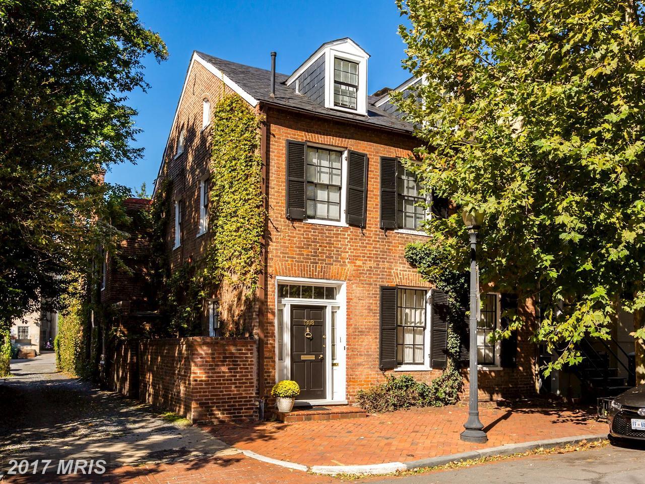 Maison unifamiliale pour l Vente à Federal, Semi-Detached - WASHINGTON, DC 1308 29TH ST NW Washington, District De Columbia,20007 États-Unis