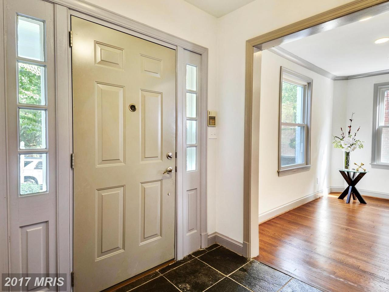 Additional photo for property listing at Detached, Other - WASHINGTON, DC 3720 ALTON PL NW Washington, District De Columbia,20016 États-Unis