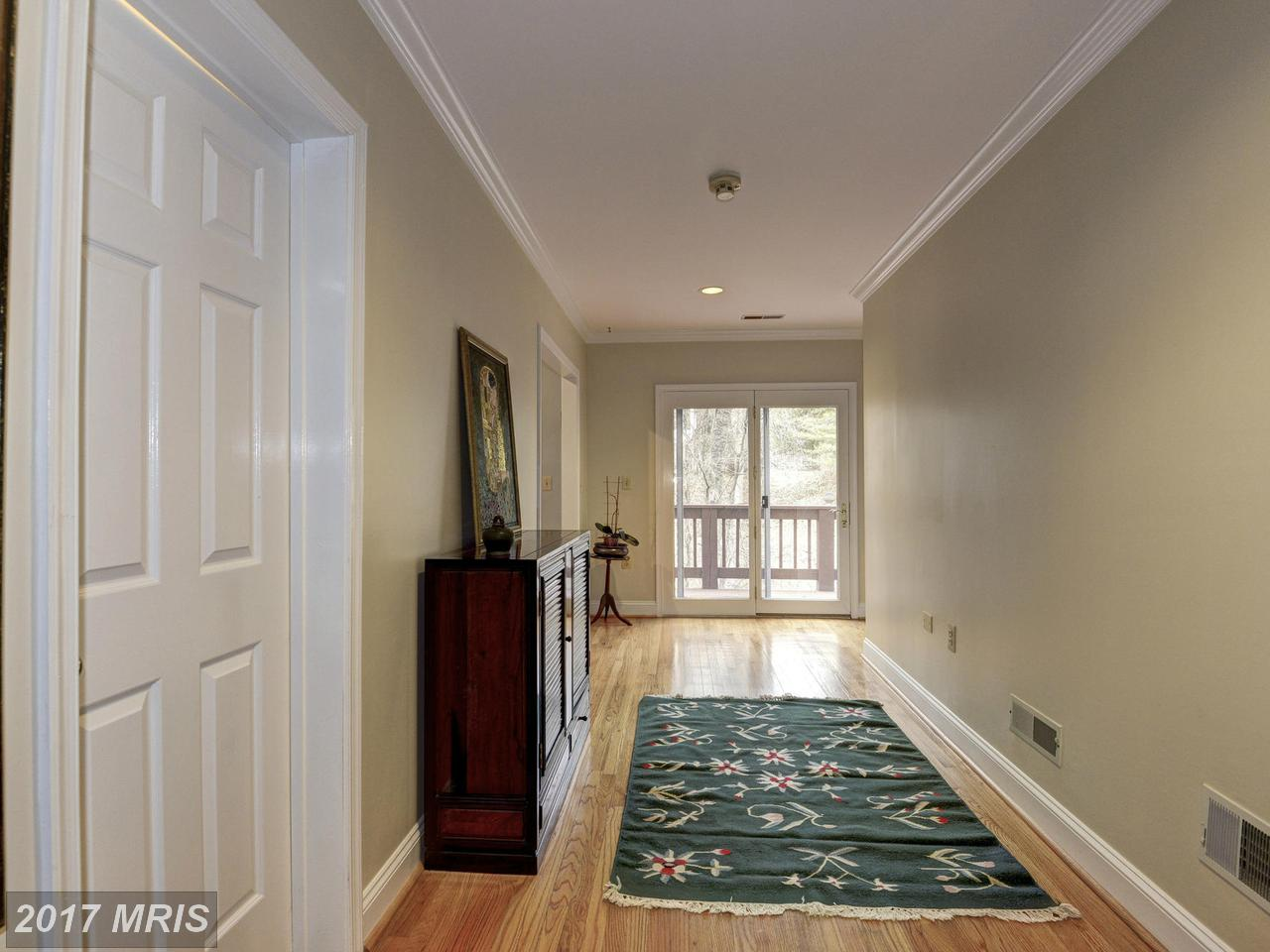 Additional photo for property listing at Colonial, Detached - WASHINGTON, DC 3015 OREGON KNOLLS DR NW Washington, District Of Columbia,20015 United States