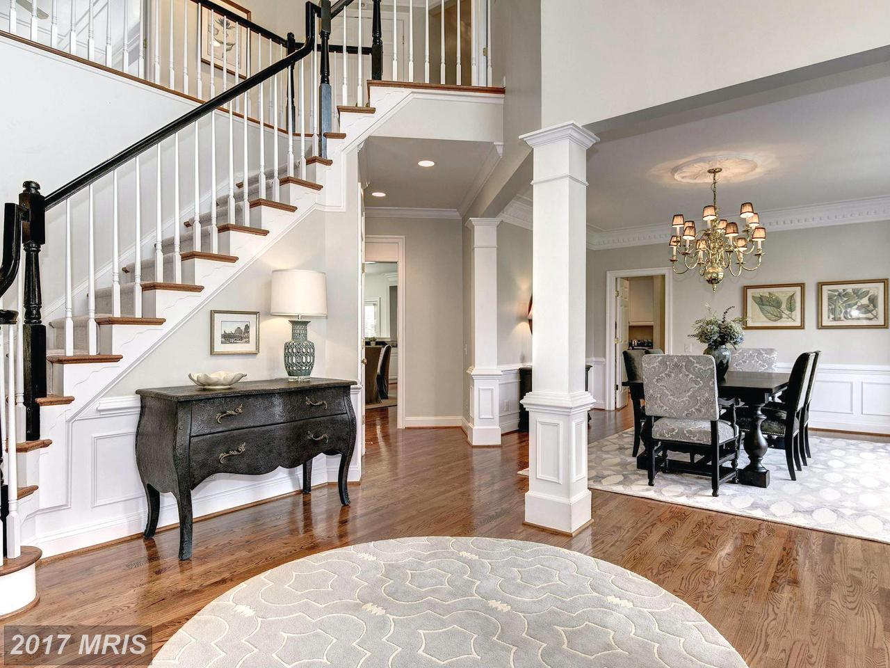 Additional photo for property listing at Colonial, Detached - MCLEAN, VA 1423 MAYHURST BLVD McLean, Virginia,22102 Hoa Kỳ