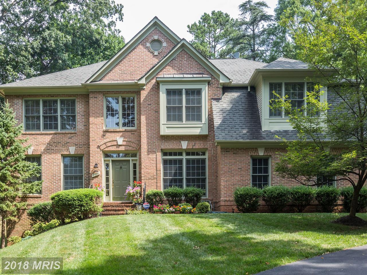 Tek Ailelik Ev için Satış at Colonial, Detached - ROCKVILLE, MD 9909 ALDERSGATE RD Rockville, Maryland,20850 Amerika Birleşik Devletleri