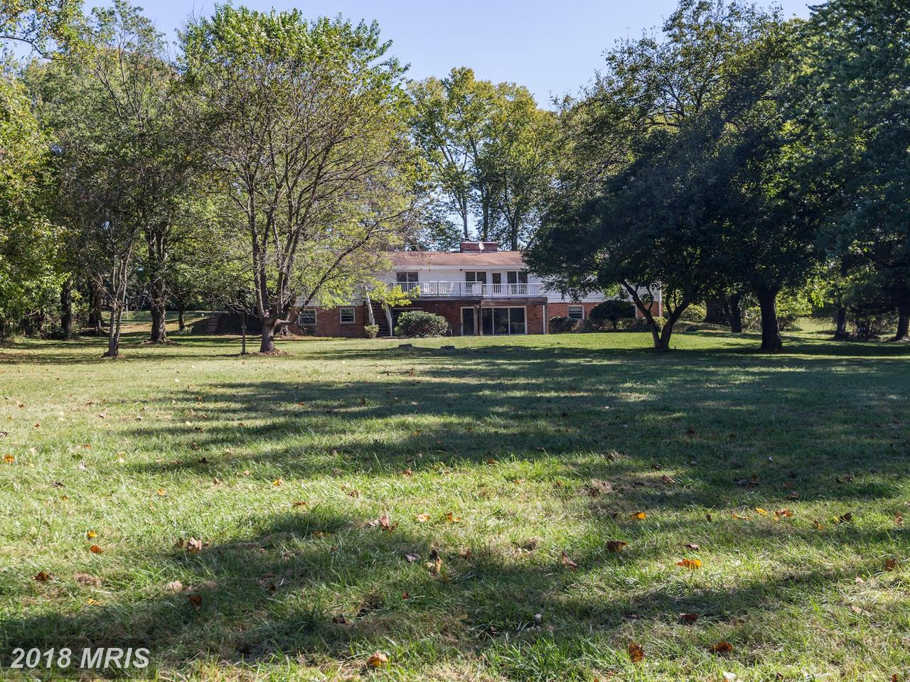 Additional photo for property listing at Rancher, Detached - POTOMAC, MD 10700 RIVER RD Potomac, Maryland,20854 United States