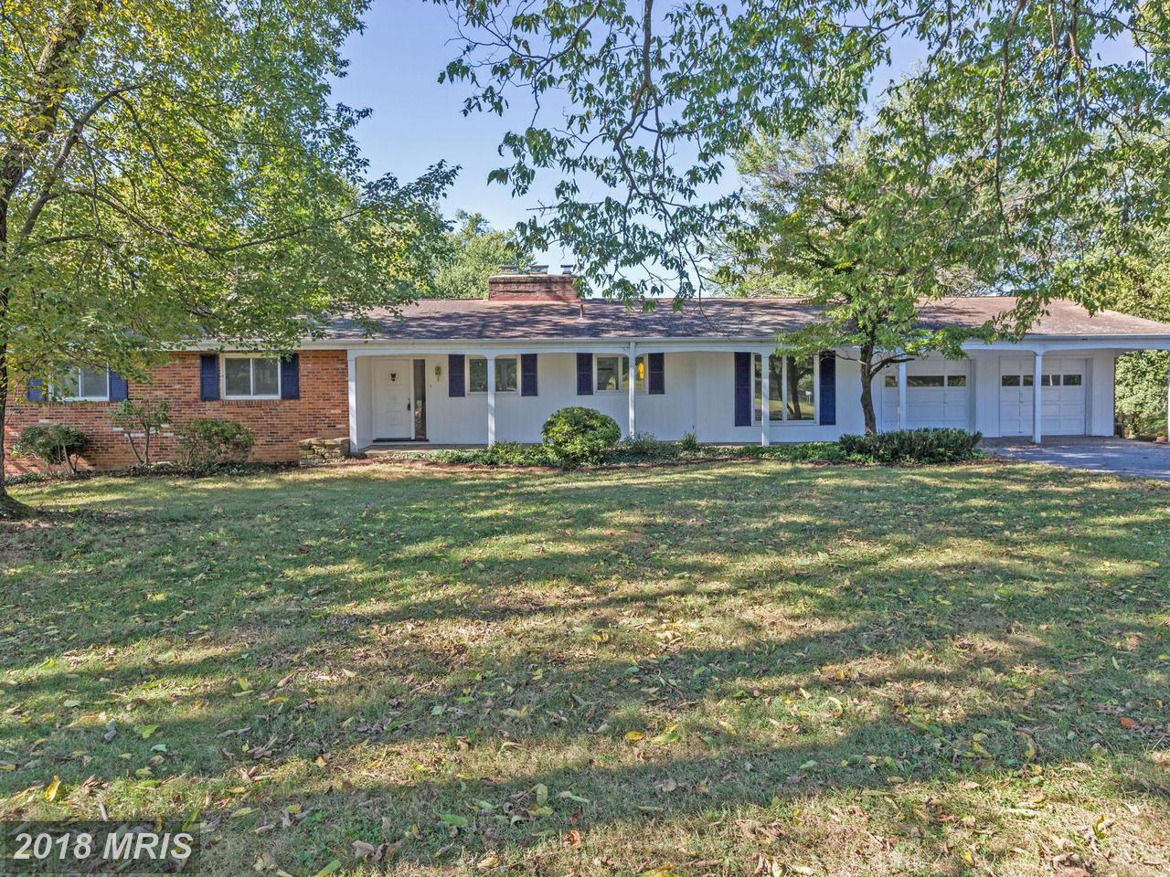 Single Family Home for Sale at Rancher, Detached - POTOMAC, MD 10700 RIVER RD Potomac, Maryland,20854 United States