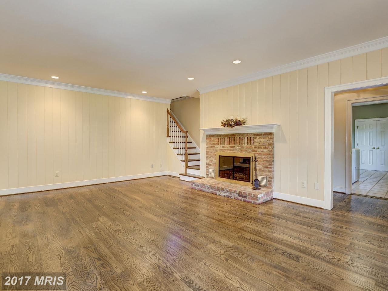 Additional photo for property listing at Colonial, Detached - NORTH POTOMAC, MD 13601 STONEBARN LN North Potomac, Maryland,20878 United States