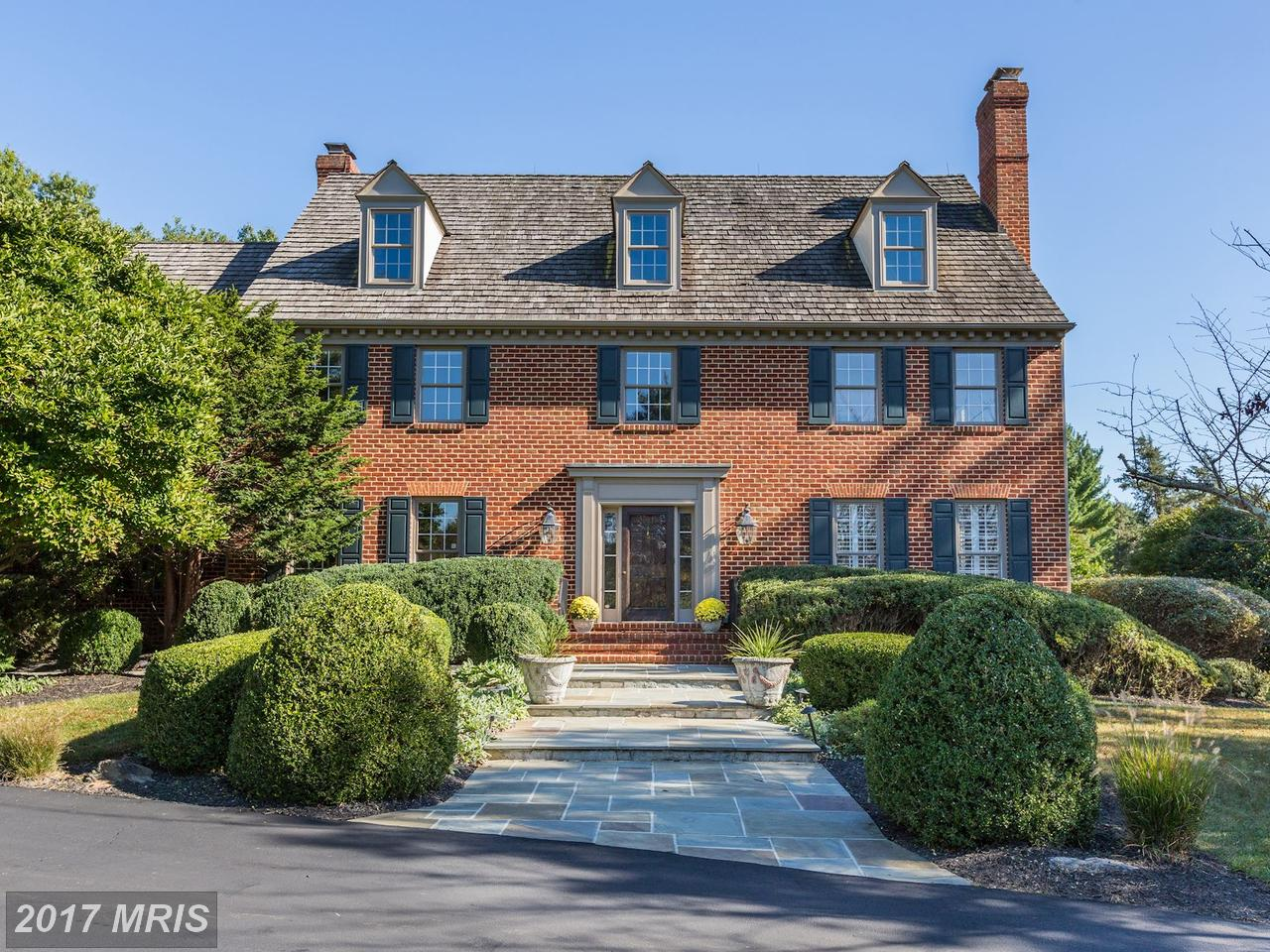 Single Family Home for Sale at Colonial, Detached - NORTH POTOMAC, MD 13601 STONEBARN LN North Potomac, Maryland,20878 United States