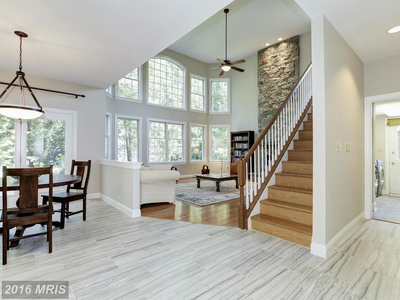 Additional photo for property listing at Colonial, Detached - ROCKVILLE, MD 10207 CROSS HAVEN CT Rockville, Maryland,20850 États-Unis