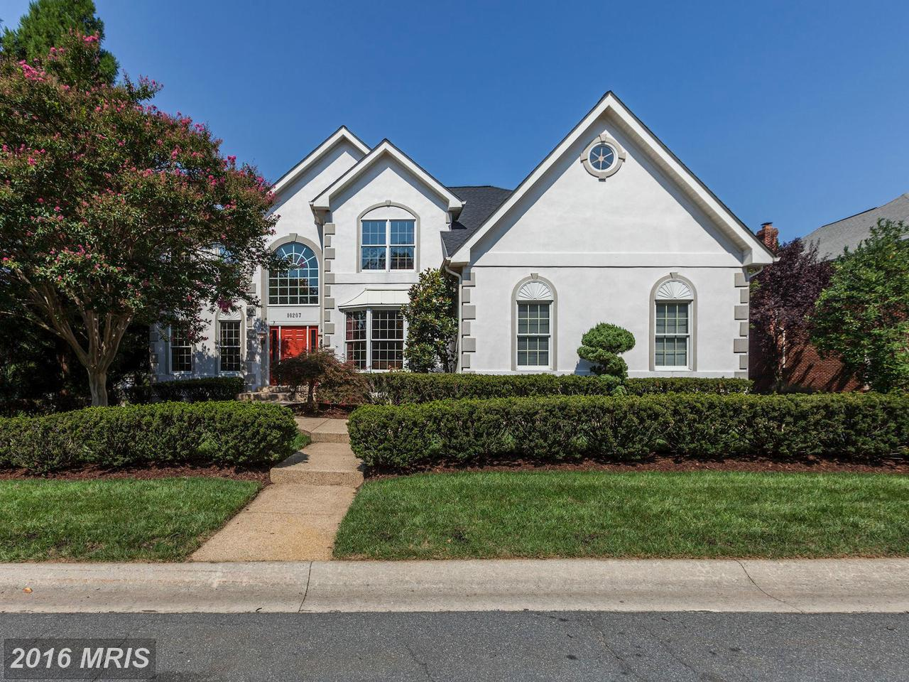 Maison unifamiliale pour l Vente à Colonial, Detached - ROCKVILLE, MD 10207 CROSS HAVEN CT Rockville, Maryland,20850 États-Unis