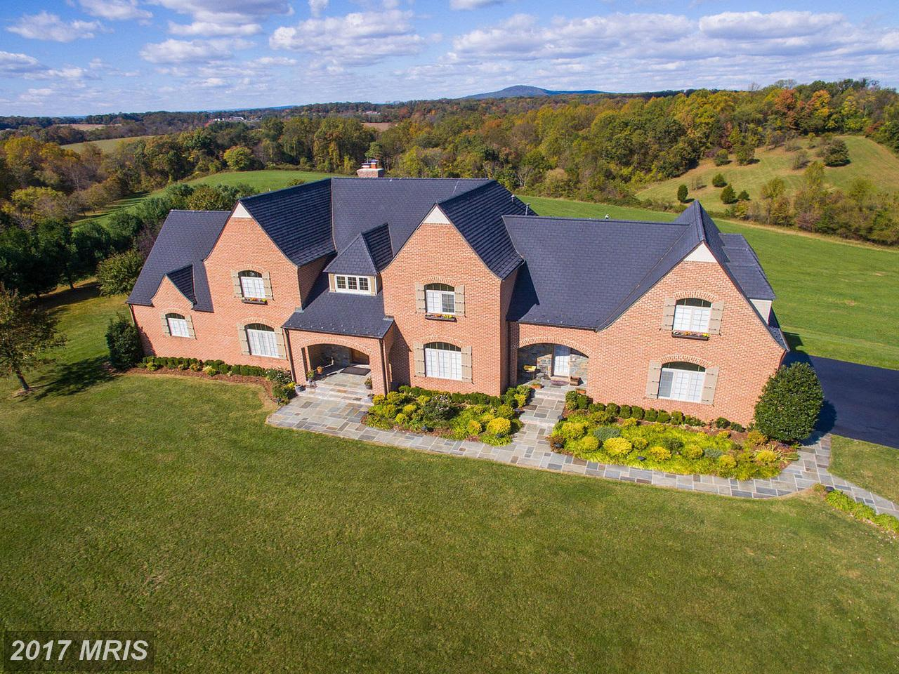 Additional photo for property listing at Colonial, Detached - BOYDS, MD 16311 BARNESVILLE RD Boyds, Maryland,20841 United States