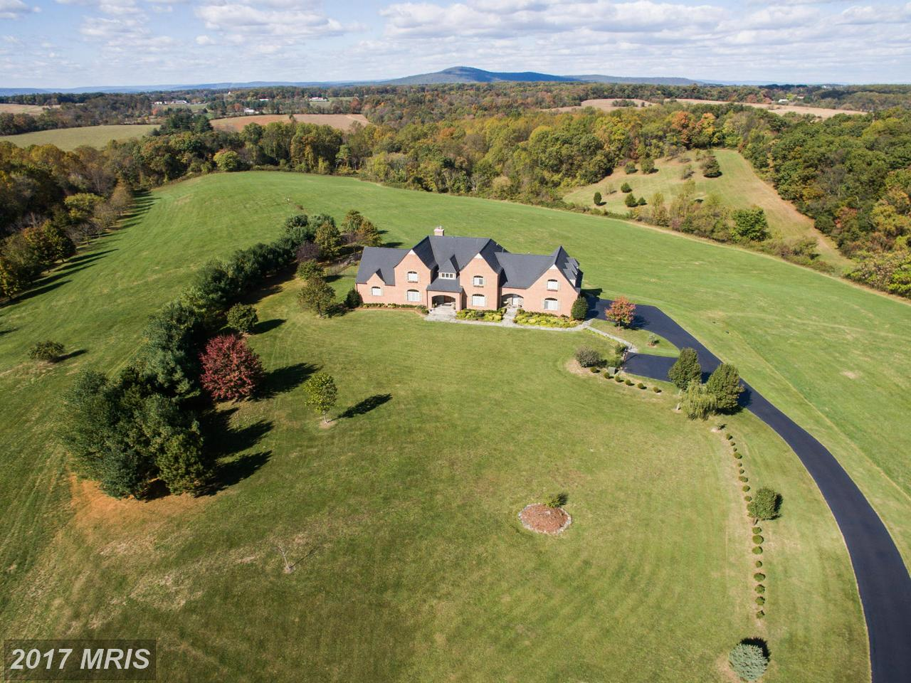 Additional photo for property listing at Colonial, Detached - BOYDS, MD 16311 BARNESVILLE RD Boyds, Maryland,20841 Estados Unidos