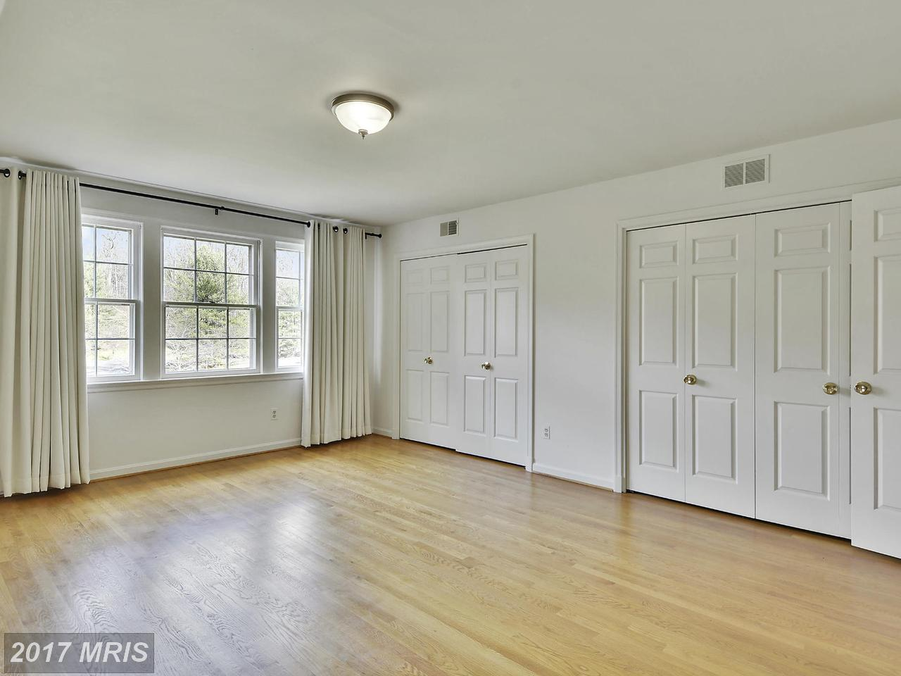 Additional photo for property listing at Colonial, Detached - POTOMAC, MD 10904 PLEASANT HILL DR Potomac, Μεριλαντ,20854 Ηνωμενεσ Πολιτειεσ