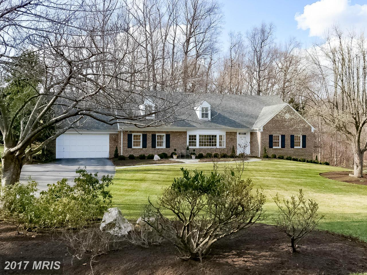 Additional photo for property listing at Colonial, Detached - POTOMAC, MD 10904 PLEASANT HILL DR Potomac, Maryland,20854 Verenigde Staten