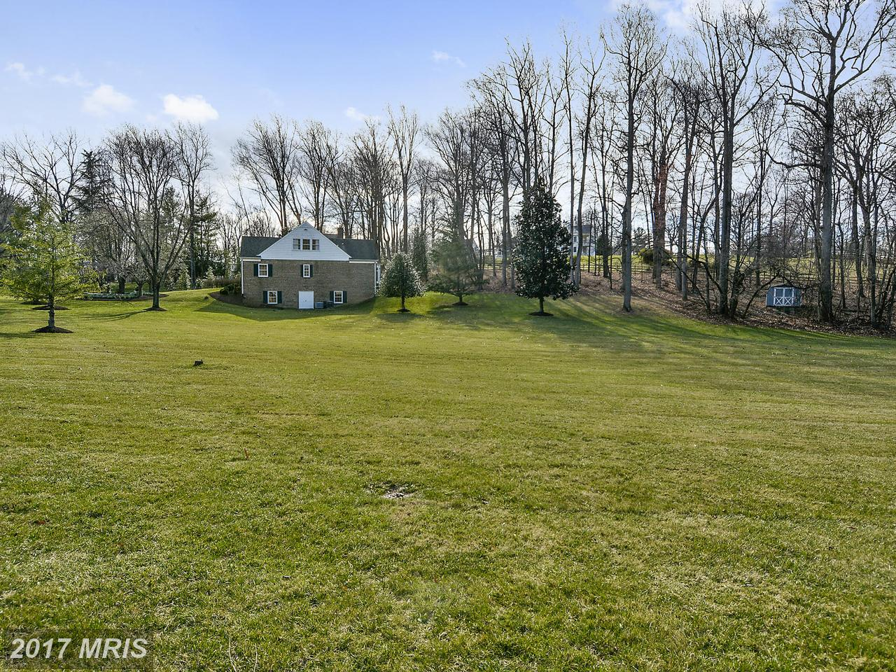 Additional photo for property listing at Colonial, Detached - POTOMAC, MD 10904 PLEASANT HILL DR Potomac, Maryland,20854 Estados Unidos