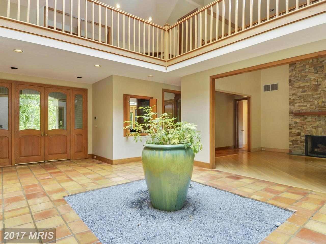 Additional photo for property listing at Colonial, Detached - DARNESTOWN, MD 13502 DEAKINS LN Darnestown, Maryland,20874 Hoa Kỳ