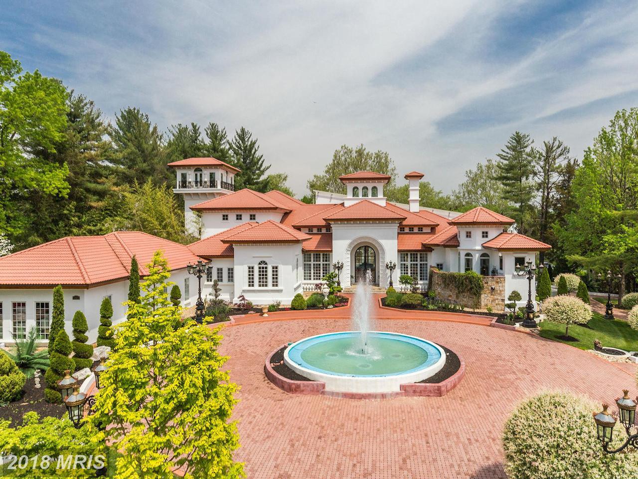 Casa para uma família para Venda às Spanish, Detached - POTOMAC, MD 9101 RIVER RD Potomac, Maryland,20854 Estados Unidos