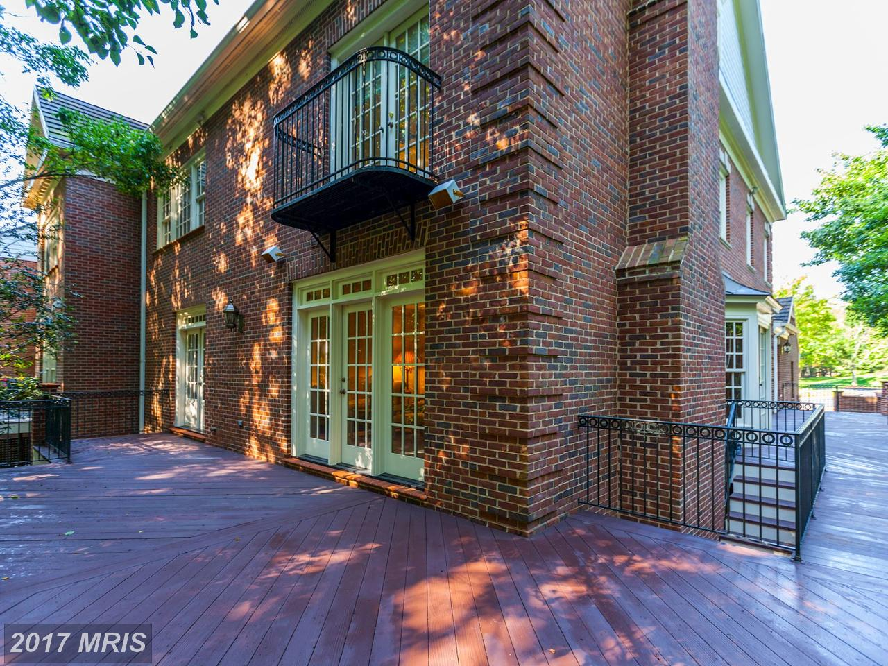 Additional photo for property listing at Townhouse, Colonial - POTOMAC, MD 7711 HIDDEN MEADOW TER Potomac, Maryland,20854 United States
