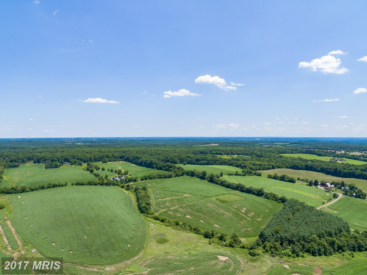 Additional photo for property listing at Lot-Land - DICKERSON, MD 16520 COMUS RD Dickerson, Maryland,20842 États-Unis