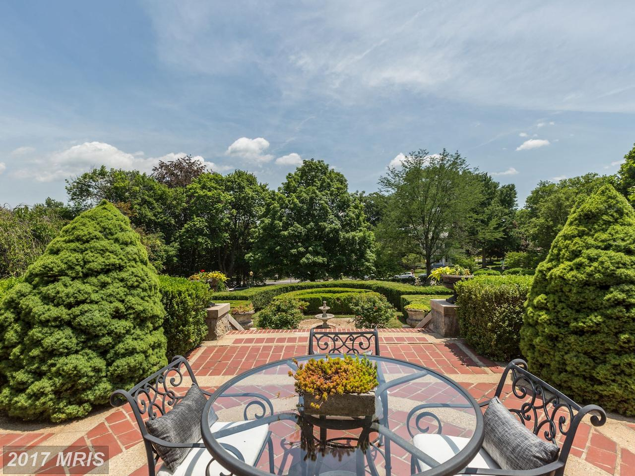 Additional photo for property listing at Detached, International - HAGERSTOWN, MD 951 THE TERRACE Hagerstown, Maryland,21742 Amerika Birleşik Devletleri