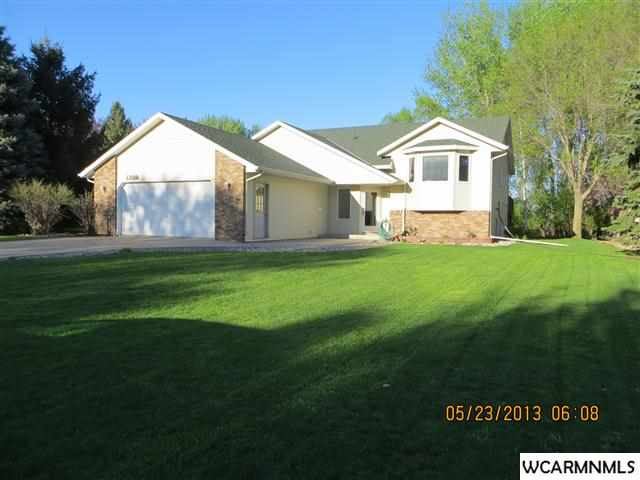 1309 12th St SE, Willmar Township, MN 56201