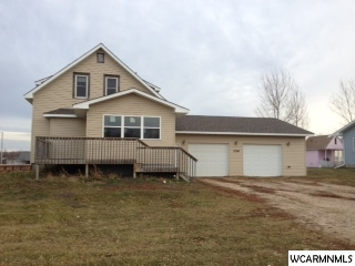 106 Mayfair Ave, New London, MN 56273