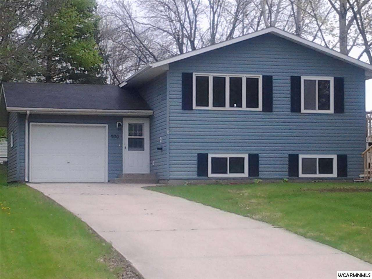 930 16th St NE, Willmar, MN 56201