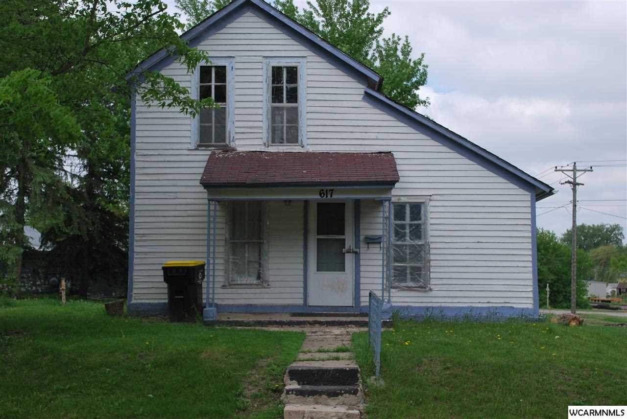 617 N Hampton St, Fairmont, MN 56031