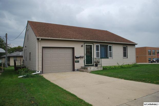 902 Budd St, Fairmont, MN 56031