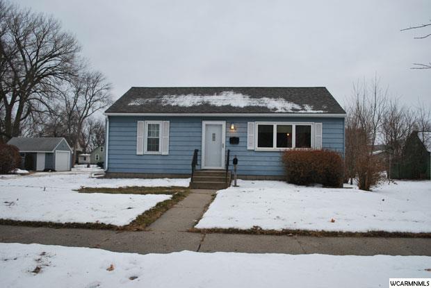 1414 N Elm St, Fairmont, MN 56031