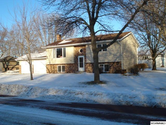 2103 Sylvia St, Fairmont, MN 56031