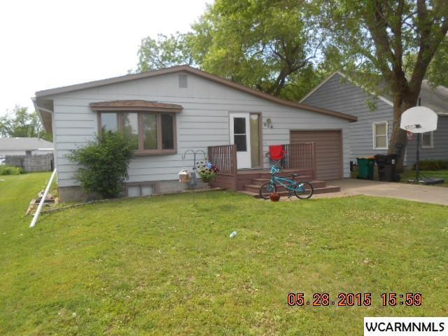 Photo of 814 Lakeview Avenue  Windom  MN