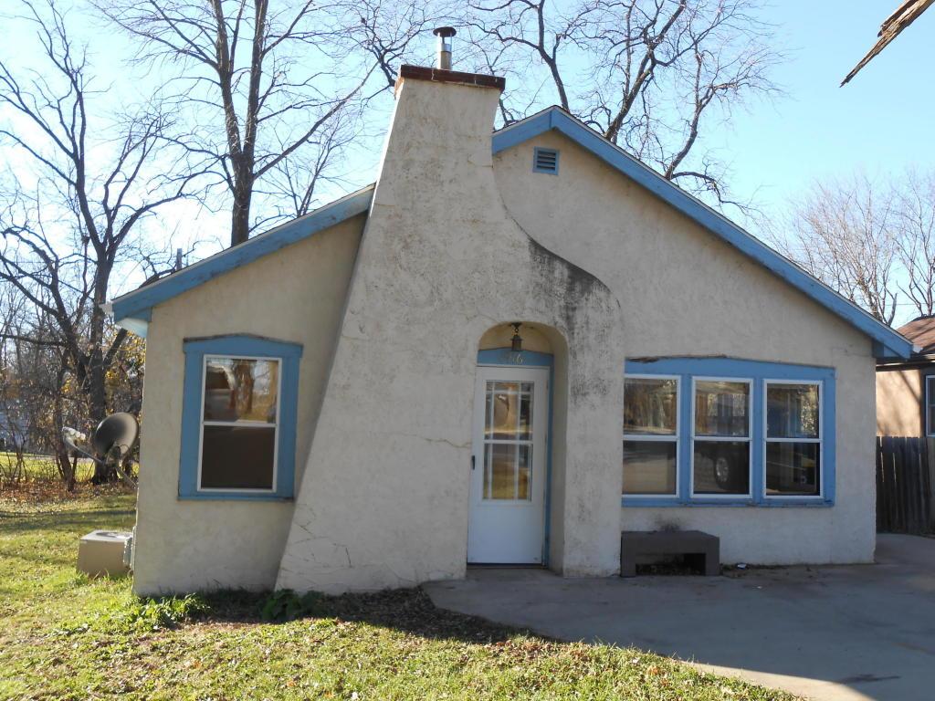 1916 Albion Ave, Fairmont, MN 56031