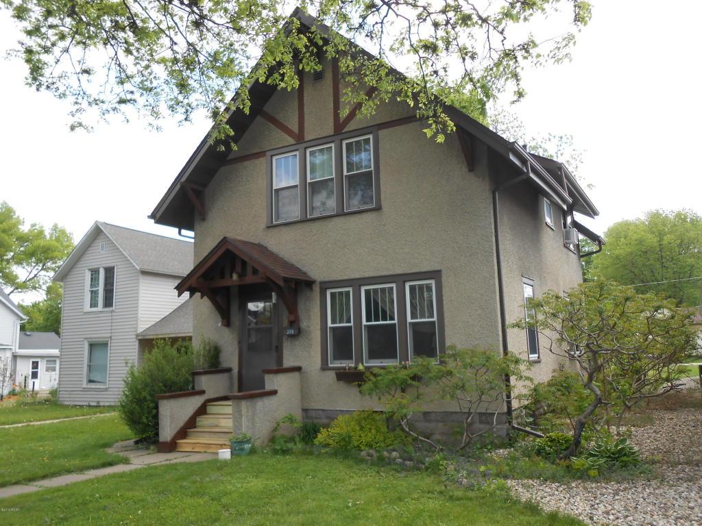 319 S Park St, Fairmont, MN 56031