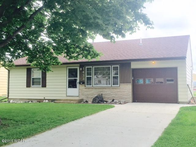 Photo of 1433 11th Avenue  Windom  MN
