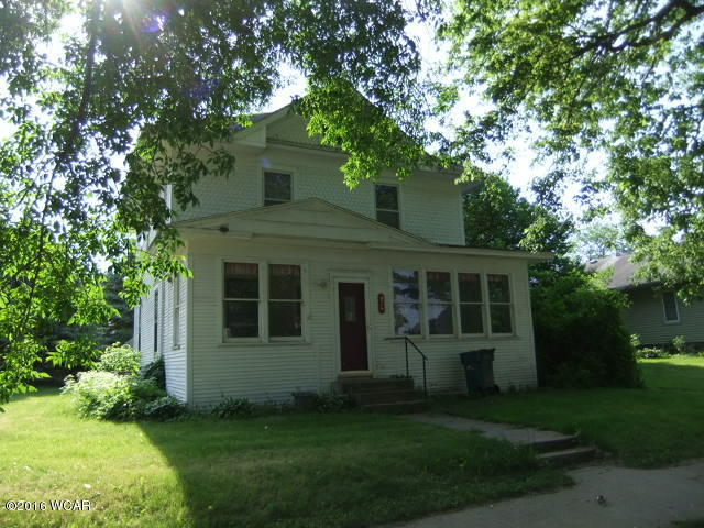 Photo of 824 N Griffin Street  Lakefield  MN