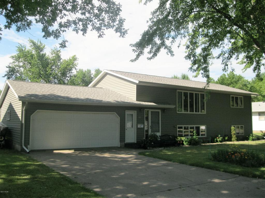 Photo of 303 Southview Drive  Marshall  MN