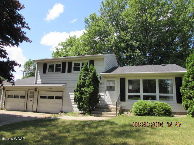 205 S 13th St, Montevideo, MN 56265