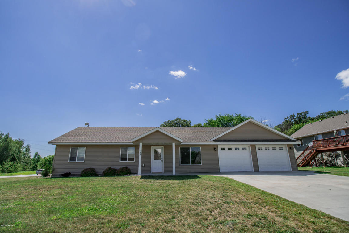 Photo of 687 West River Drive  New London  MN