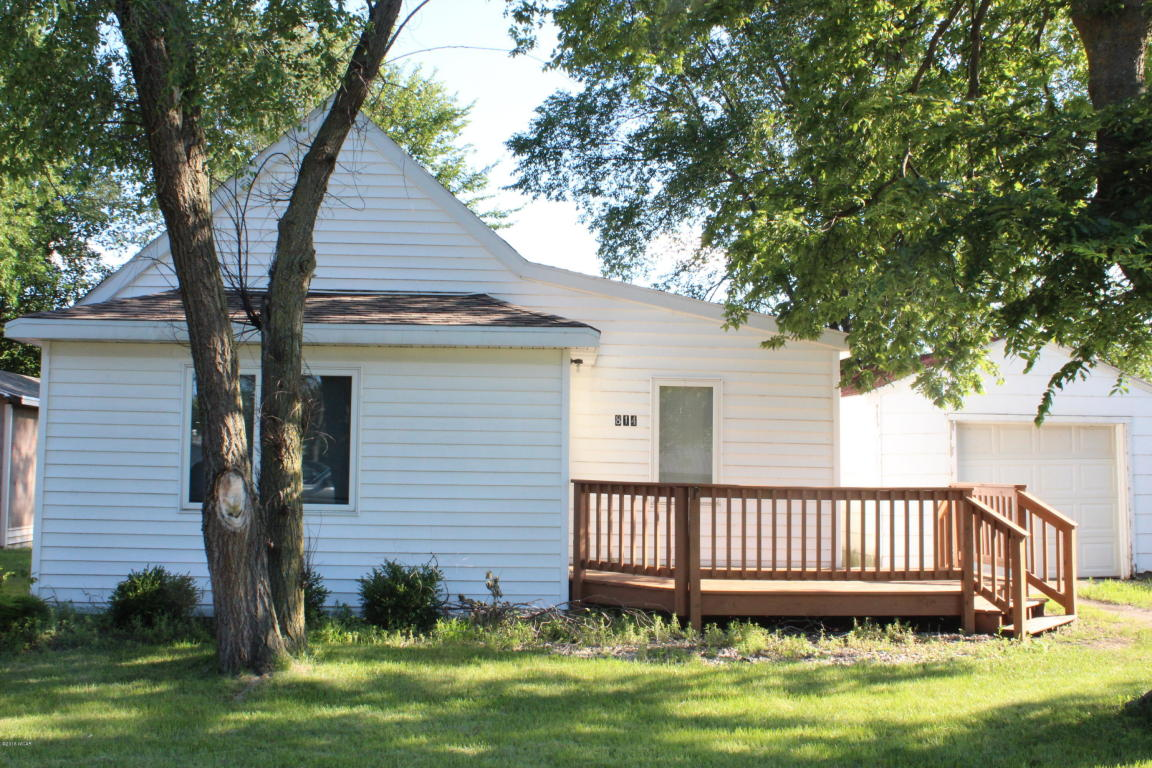 Photo of 814 E Elm Street  Redwood Falls  MN