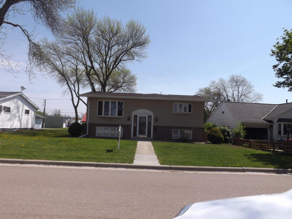 Photo of 716 9th Avenue  Madison  MN